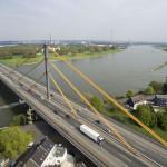 Rheinbrücke A40 in Duisburg